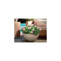 Plastové misky a vázy
